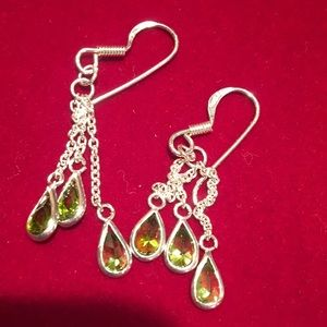 Jewelry - Sterling Silver peridot earrings